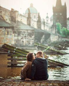 #фотографвевропе #фотографвпраге #фотографпрага #фотографевропа #фотосессиявпраге #лавсторивпраге #фотопрага #прагафотограф #прага Couple Photos, Couple Pics