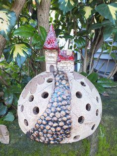 Kuppel Windlicht Lichthäuschen Gartenkeramik Elfe von Terra-Cottage auf DaWanda.com