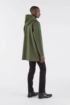 Stutterheim Raincoats Stockholm Green Willow - S Calvin Klein, North Face Rain Jacket, Yellow Raincoat, Hooded Raincoat, Raincoats For Women, Cath Kidston, The North Face, Normcore, Jackets