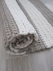 Cheap Non Slip Carpet Runners Crochet Mat, Crochet Rug Patterns, Crochet Carpet, Crochet Home, Crochet Granny, Crochet Stitches, Beige Carpet, Diy Carpet, Rugs On Carpet