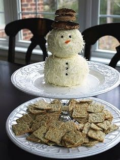 Snowman cheese ball! How cute is he? Definitely making this for a Christmas party.