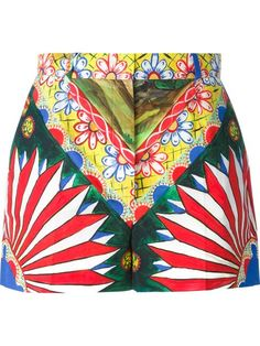 Shop Dolce & Gabbana 'Majolica' print shorts in Nida from the world's best independent boutiques at farfetch.com. Shop 300 boutiques at one address.
