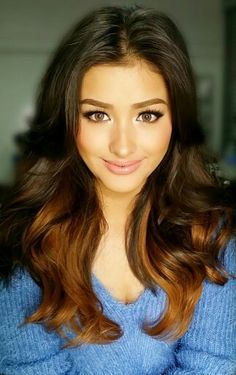 Liza Soberano (born: January 4, 1998, Santa Clara, CA, USA) is a Filipino-American actress and model. She started in a range of drama series and films: Wansapanataym (2011), Kung Ako'y Iiwan Mo (2012), Maalaala Mo Kaya (2012), Got to Believe (2013), and Must Be... Love (2013). She is known for acting in the hit romantic comedy Television series Forevermore. She has starring in the film Just The Way You Are. Lovely Eyes, Most Beautiful Faces, Stunningly Beautiful, Beautiful Women, Liza Soberano, Wedding Hair And Makeup, Hair Makeup, Wow Photo, Cute Faces