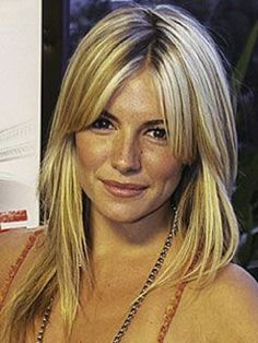 New Hair Cuts Layers Long Bangs Sienna Miller 70 Ideas Middle Part Bangs, Middle Parts, Center Part Bangs, Middle Length Hair, Middle Hair, Sienna Miller Hair, Sienna Miller Fringe, Parted Bangs, Medium Hair Styles