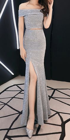 Sparkle Silver Classy Off Shoulder Evening Dress (Stunning) Elegant Dresses Classy, Classy Gowns, Stunning Dresses, Classy Dress, Pretty Dresses, Prom Night Dress, Grey Prom Dress, Dress Long, Homecoming Dresses