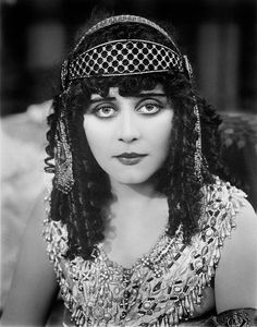 Theda Bara - Silent Movie Star (1885-1955) One of my favorites.