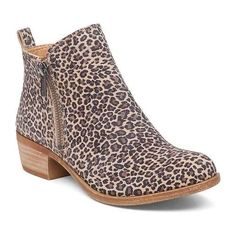 Lucky Brand Basel Leopard Booties they are so much cuter in person 😍😍😍 Flat Booties, Bootie Boots, Shoe Boots, Ankle Boots, Suede Booties, Dress Boots, Cute Womens Shoes, Womens Shoes Wedges, Leopard Flats