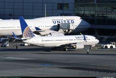 Boeing 737-800 & 747-400