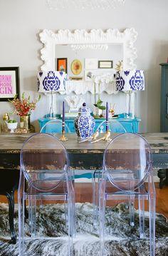 Katie Taylor's Austin, Texas Home Tour Ghost Chairs Dining, Clear Dining Chairs, Dining Room Chairs, Lounge Chairs, Dining Area, Dining Table, Dining Room Inspiration, Home Decor Inspiration, Decor Ideas