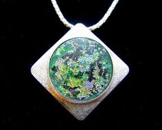 Ancient roman glass jewelry....lovely and different!