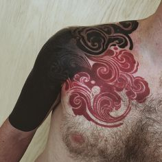 Tattoo by Thomas Sinnamond Asian Tattoos, Black Tattoos, Body Art Tattoos, New Tattoos, Sleeve Tattoos, Cool Tattoos, Blast Over Tattoo, Japanese Cloud Tattoo, Swirl Tattoo