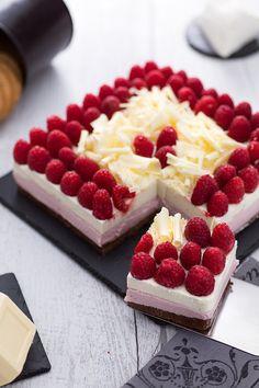 Cerchi un #dessert delicato, ricco ed elegante? Con la nostra #cheesecake al #cioccolato #bianco e #lamponi non puoi sbagliare! #ricetta #GialloZafferano #cheesecake #recipe #italiandessert