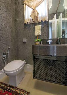 Lavabos com cortinas - veja decorações clássicas e luxuosas com essa tendência!