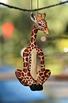 Our Yoga Giraffe Ornament will be the most peaceful critter on your Christmas Tree. A realistic giraffe sits in lotus pose, a delightful gift for an animal lover or yogi in your life. The Fair Trade Y Giraffe Crafts, Giraffe Decor, Giraffe Art, Cute Giraffe, Giraffe Quotes, African Christmas, Lotus Pose, Okapi, My Animal