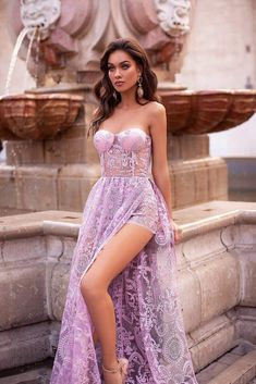 Rosalia - Lilac Strapless Shimmering Lace Gown with Side Slit Elegant Dresses, Pretty Dresses, Sexy Dresses, Beautiful Dresses, Prom Dresses, Formal Dresses, Beautiful Women, Glamouröse Outfits, Fashion Outfits