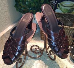 New Auth $375 Stuart Weitzman Brown Woven Mules Slides Sandals Shoes 8 M | $75 on eBay