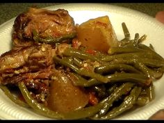 Southern-Style Green Beans With Turkey Necks & Potatoes: String Beans Recipe Other Recipes Cooking Recipe - My Recipe Picks Boiled Turkey Necks Recipe, Turkey Neck Recipe, String Bean Recipes, Green Bean Recipes, Turkey Recipes, Potato Recipes, Beef Recipes, Smoked Turkey Wings, Southern Style Green Beans