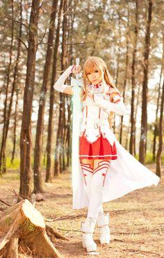 Asuna #Cosplay from Sword Art Online by ~JJeris | http://www.crunchyroll.com/sword-art-online