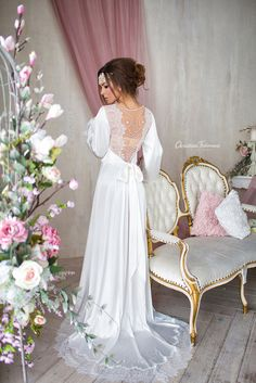 In love with Paris This peignoir is made of Italian artificial satin or silk, Swarovski crystals and half pearls, soft and pleasant to the touch and very comfortable for the body. High quality seams haute couture prevents them from being tousled during wearing and washing. I sew so