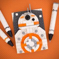 Uniting LEGO Star Wars fans around the world. Lego Disney, Lego Painting, Lego Poster, Lego Portrait, Lego Mosaic, Origami, Lego Wall, Lego Gifts, Amazing Lego Creations