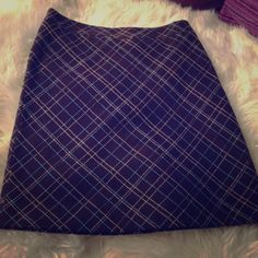 Plaid wool skirt size 2 Plaid wool skirt size 2 fully lined. No trades, no PayPal. American Eagle Outfitters Skirts