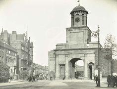 East India dock Gates 1919