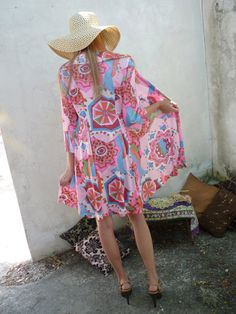 64d83bee47591 Vintage Psychadellic Pink Caftan Dress and Jacket