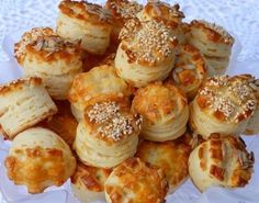 pogacsa (Hungarian biscuit) with sour cream Savoury Biscuits, Savory Pastry, Croatian Recipes, Hungarian Recipes, Extra Recipe, Hungarian Cuisine, Sour Cream Cake, Good Food, Yummy Food
