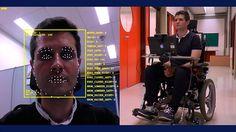 Cadeira de rodas é controlada por movimentos da face e da íris
