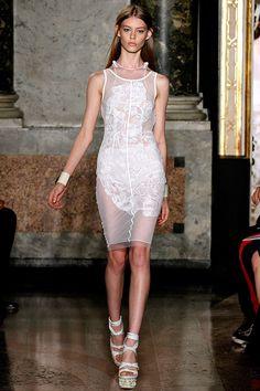 Tendencias 2013 vestidos blanco para el verano - Emilio Pucci summer white dress