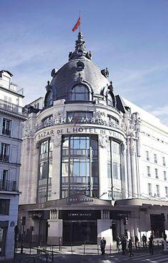 BHV Marais à Paris : 52 Rue de Rivoli 75004 Paris Du Lundi au Samedi : 9h30 - 20h00  Mercredi : 9h30 - 21h00