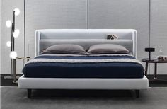 ded299389ede5f55133cca3e272da6ad.jpg (1230×806) Couch, Sofa, Bed Base, Master Room, Bed Head, Headboard Designs, Bedroom Bed, Guest Room, Bed Design