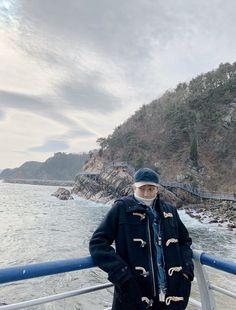 방탄소년단 겨울 바다 풍경 Translated from Korean by  Winter Sea Landscape Jung Hoseok, Kim Namjoon, Seokjin, Mixtape, Park Ji Min, Foto Bts, Hip Hop, K Pop, Shinee