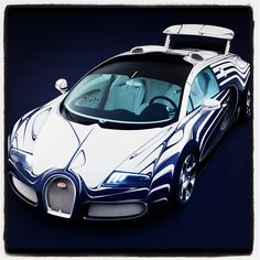 Bugatti Veyron Grand Sport l'Or Blanc. Cool!