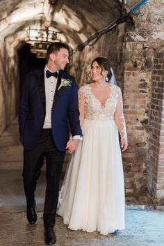 Plus size wedding dresses auckland, Plus size short long sleeve wedding dresses. Plus Wedding Dresses, Western Wedding Dresses, White Wedding Gowns, Wedding Dress Patterns, Wedding Dress Chiffon, Wedding Dress Sleeves, Wedding Attire, Bridal Dresses, Autumn Wedding Dresses
