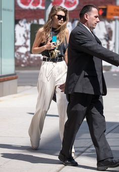Gigi Hadid's High-Waisted Pants — With a Belt