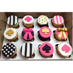 Kate Spade Cupcakes – ladies bags sale, evening clutch bags, handmade leather bags *ad Source by bags_bag Kate Spade Party, Kate Spade Bridal, Kate Spade Cakes, Fondant Cupcakes, Cupcake Cakes, Pink Cupcakes, Bridal Showers, Bridal Shower Favors, Party Deco