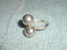 Sterling Silver Modernist Double Sphere Ring by Libbysmomsvintage