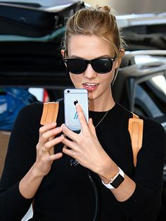 Don't think of the watch as a timepiece. Think of it as an accessory that liberates you from constantly fishing your smartphone out of your handbag. We asked Lindsey Turrentine, the editor in chief of cnet.com to spill five...