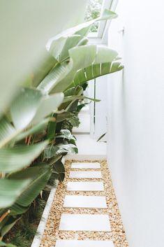 Outdoor Living, Indoor Outdoor, Queenslander, Hamptons House, Backyard Makeover, Coastal Homes, My Dream Home, Queensland Australia, Australia Travel