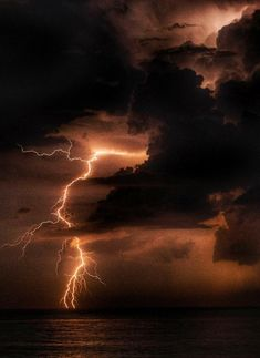 storms aesthetic Extreme WeatherYou can find Lightning storms and more on our website. Lightning Photography, Storm Photography, Nature Photography, Photography Aesthetic, Photography Tips, Makeup Photography, Portrait Photography, Wedding Photography, Ocean Storm