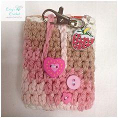 Crochet tissue packet holder www.facebook.com/CarysCrochetFrance