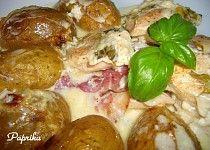 Zapečené kuřecí maso s bazalkou, slaninou a bramborama Potato Salad, Potatoes, Chicken, Meat, Ethnic Recipes, Food, Red Peppers, Potato, Essen