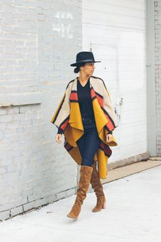 Ever wear ponchos? I'm sharing a new favorite of mine, this Chicwish poncho and a few tips on how to style them without getting overwhelmed!