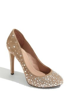 vince camuto pump. desperately need.