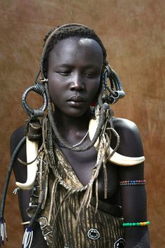Mursi teenager, photographed by Chester Higgins, Jr.