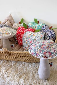 Image of champignon musical Liberty Liberty Quilt, Liberty Art Fabrics, Liberty Of London Fabric, New Crafts, Hobbies And Crafts, Diy And Crafts, Fabric Toys, Fabric Crafts, Sewing Toys