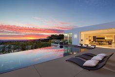 551 Chalette Drive, Beverly Hills