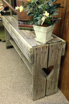 Pallet Ideas : Want to renew your house with wooden pallet furniture? We are the right place for you. Just Click and get to know many pallet ideas. Wood Projects That Sell, Barn Wood Projects, Reclaimed Wood Projects, Diy Pallet Projects, Pallet Ideas, Money Making Wood Projects, Woodworking Projects That Sell, Wood Ideas, Wooden Pallet Furniture