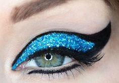 Bright aqua glitter eye make up